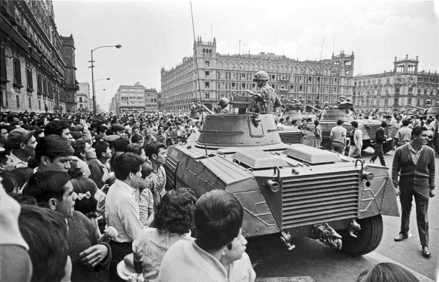 Army in Zocalo